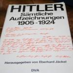 Eberhard Jäckels Buch mit Kujau Fälschung auf dem Buchumschlag