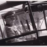 """Generalfeldmarschall Günther von Kluge im Fiesler """"Storch"""""""